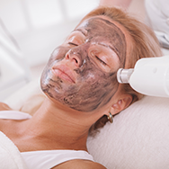 Pigmentation removal treatment by laser